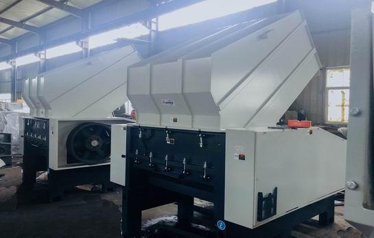 Plastic Granulator Shredder Machine Manufacturer