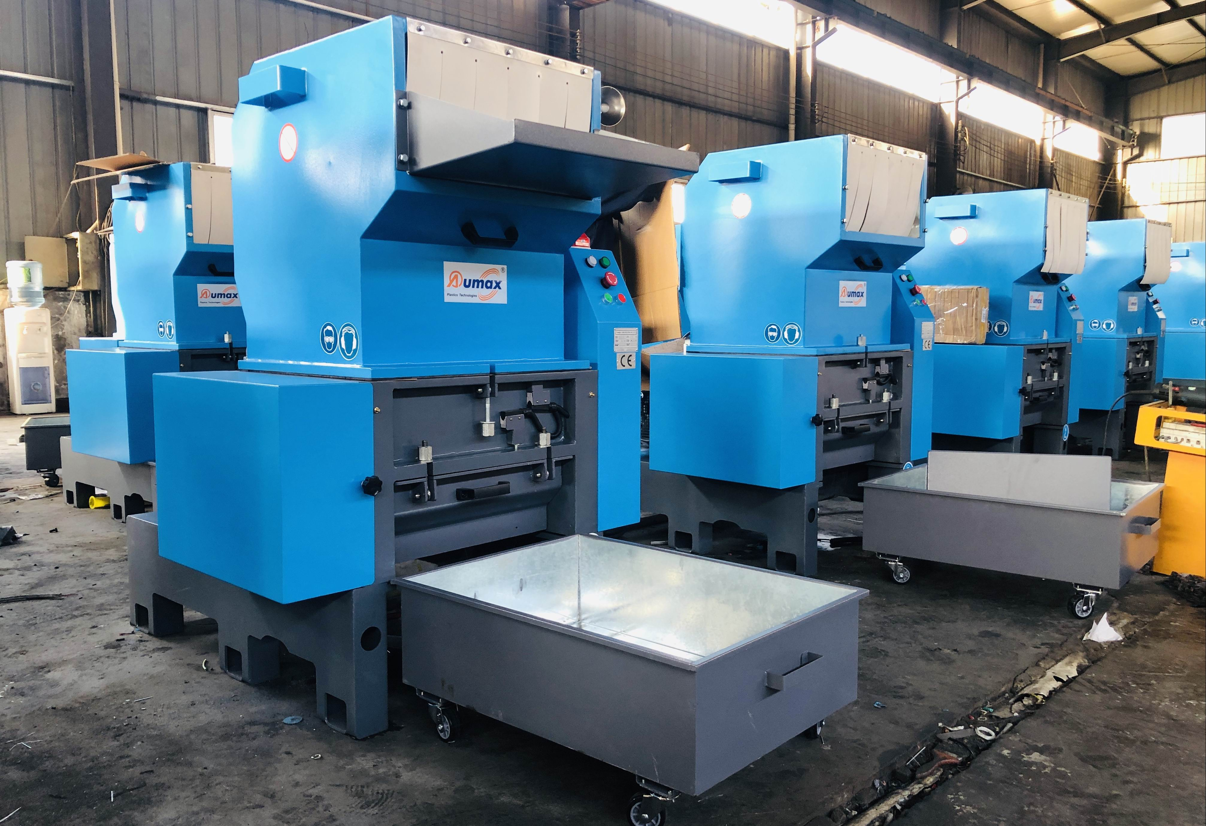 Special plastic grinder for TPU, TPR, TPE, PU, rubber and other elastomers